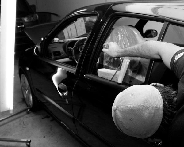 Popravilo avta brez lakiranja